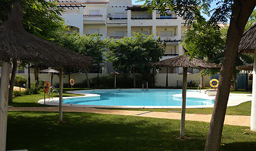 shared pool apartment residencial duquesa
