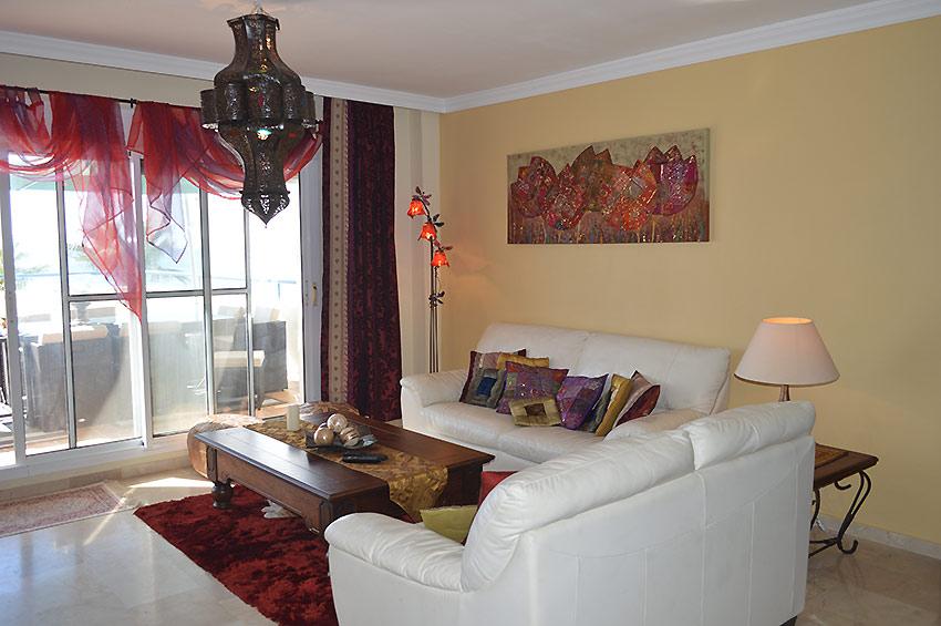 https://estepona-apartments.com/aplicacion/vistas/imagenes/1468401695-2.jpg