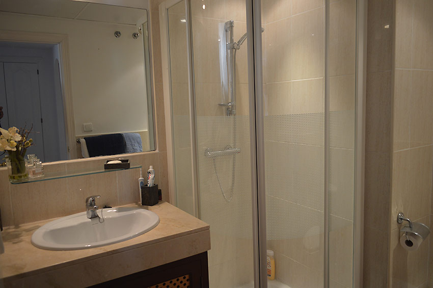 Apartamento en Estepona Shower room