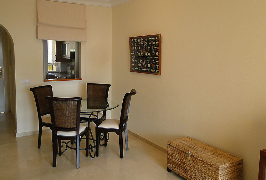 Apartment in Estepona Dining Place