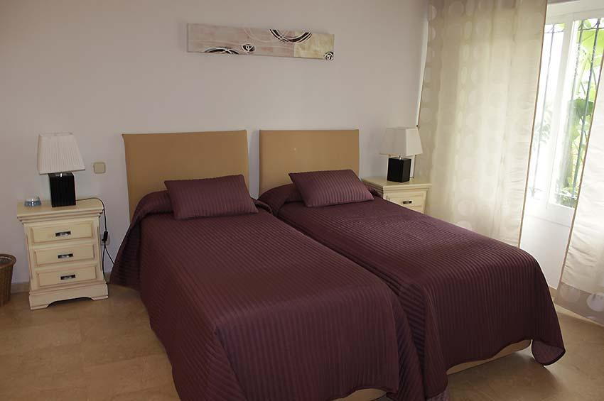 https://estepona-apartments.com/aplicacion/vistas/imagenes/1468407588-6.jpg