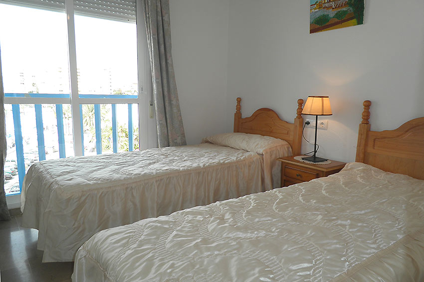Apartamento en Estepona Bedroom single beds