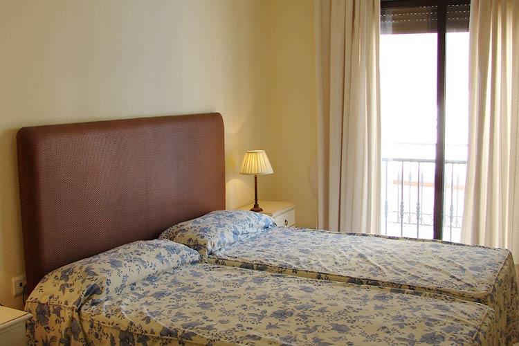 https://estepona-apartments.com/aplicacion/vistas/imagenes/1485275467-5.jpg