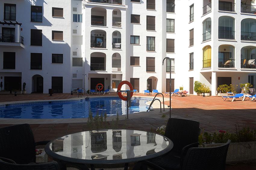 https://estepona-apartments.com/aplicacion/vistas/imagenes/1485275467-9.jpg
