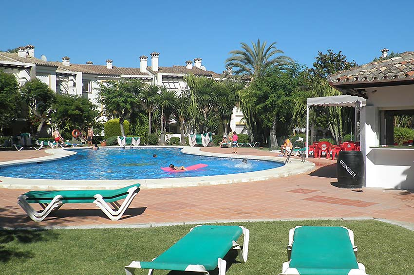 Apartment in Estepona Shared pool