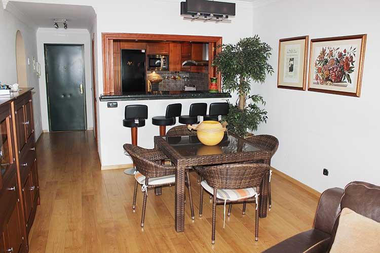 https://estepona-apartments.com/aplicacion/vistas/imagenes/1485508662-5.jpg