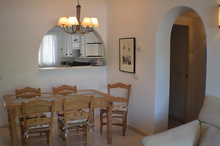 https://estepona-apartments.com/aplicacion/vistas/imagenes/1490008556-3.jpg
