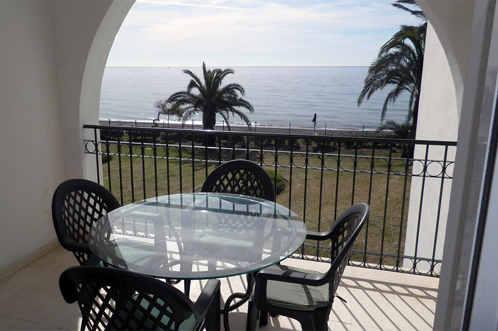 Apartment in Estepona Sea Views