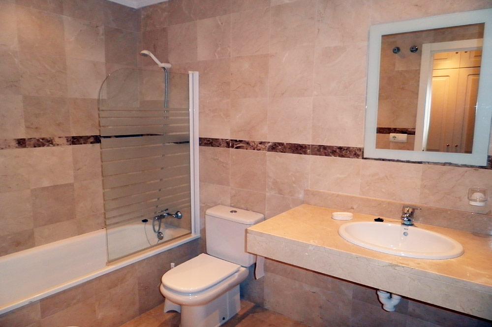 https://estepona-apartments.com/aplicacion/vistas/imagenes/1517053978-6.jpg