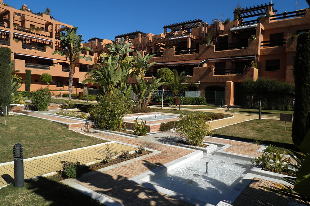 https://estepona-apartments.com/aplicacion/vistas/imagenes/1519297892-10.jpg