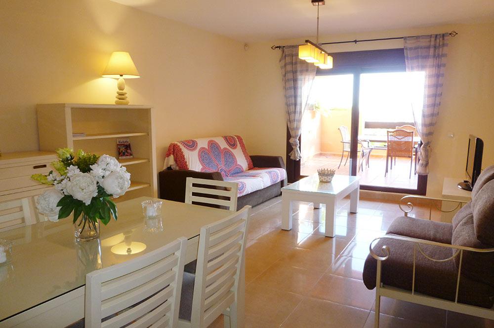 https://estepona-apartments.com/aplicacion/vistas/imagenes/1519297892-2.jpg
