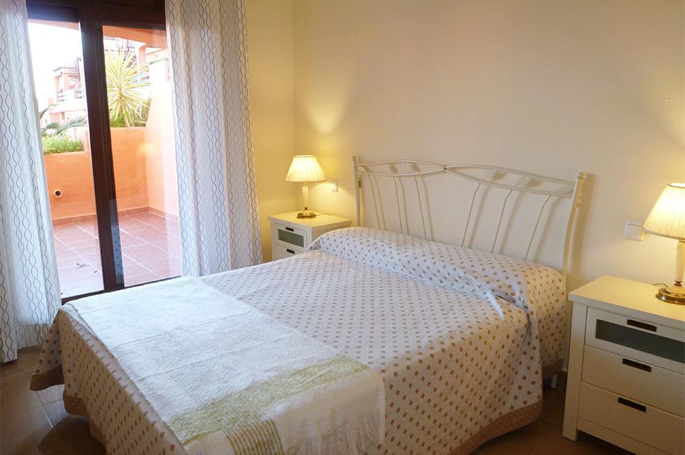 https://estepona-apartments.com/aplicacion/vistas/imagenes/1519297892-5.jpg