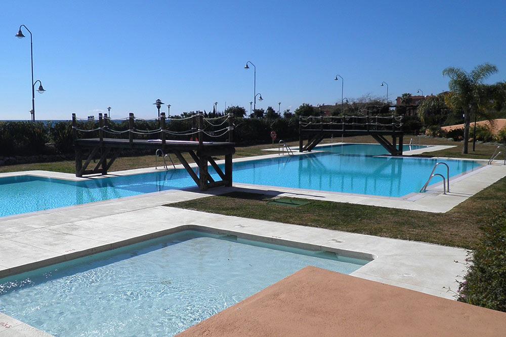 https://estepona-apartments.com/aplicacion/vistas/imagenes/1519297892-8.jpg