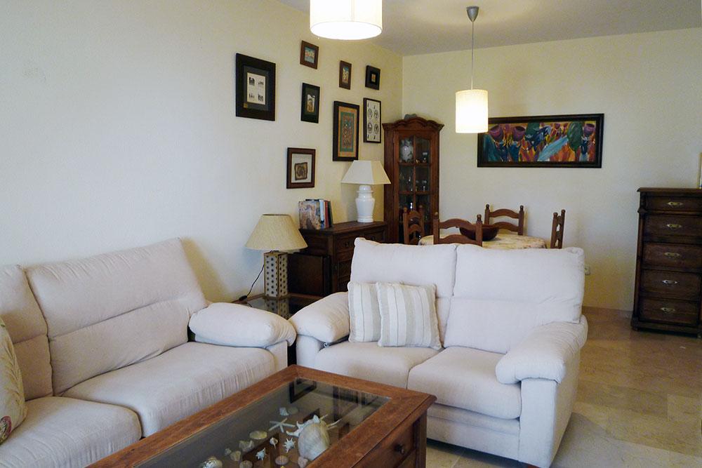 https://estepona-apartments.com/aplicacion/vistas/imagenes/1524737417-2.jpg