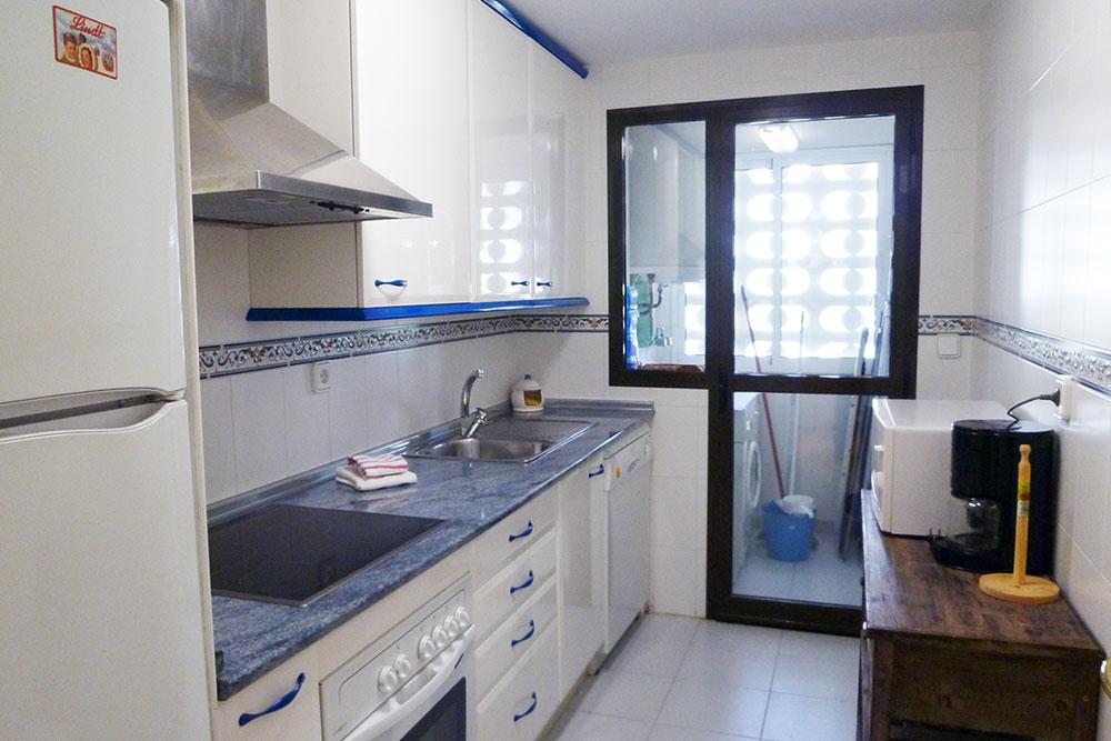 https://estepona-apartments.com/aplicacion/vistas/imagenes/1524737417-4.jpg