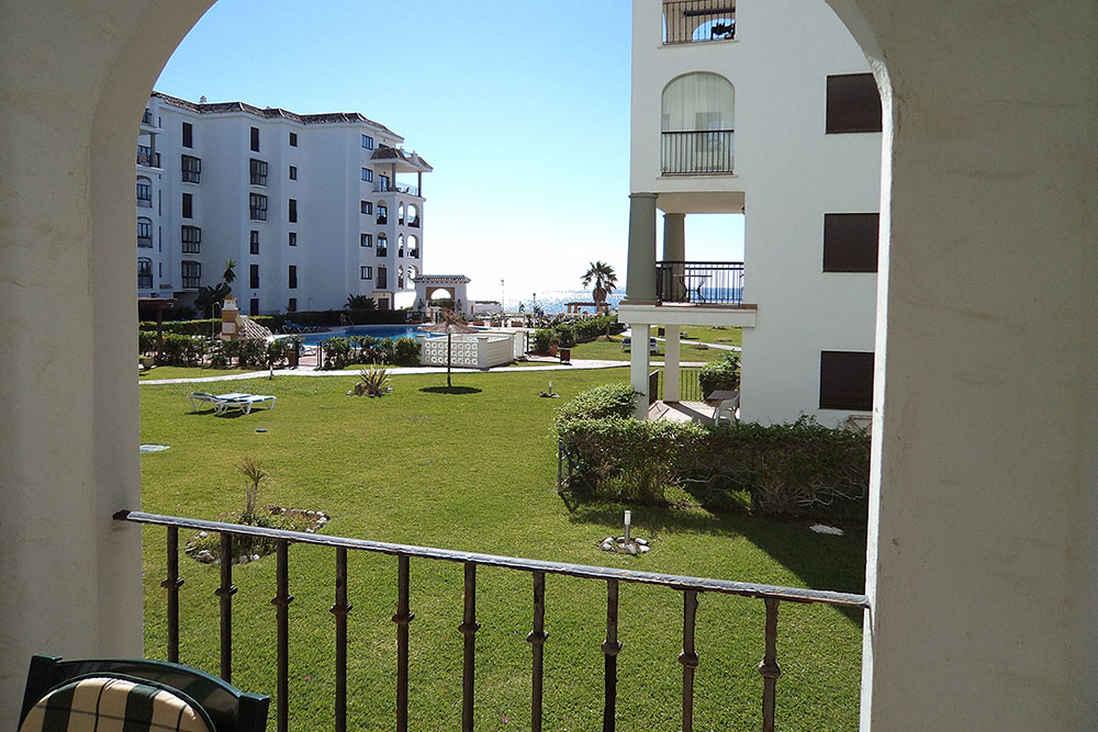 https://estepona-apartments.com/aplicacion/vistas/imagenes/1524737417-6.jpg