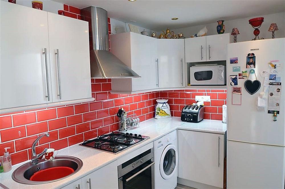 https://estepona-apartments.com/aplicacion/vistas/imagenes/1544698178-4.jpg