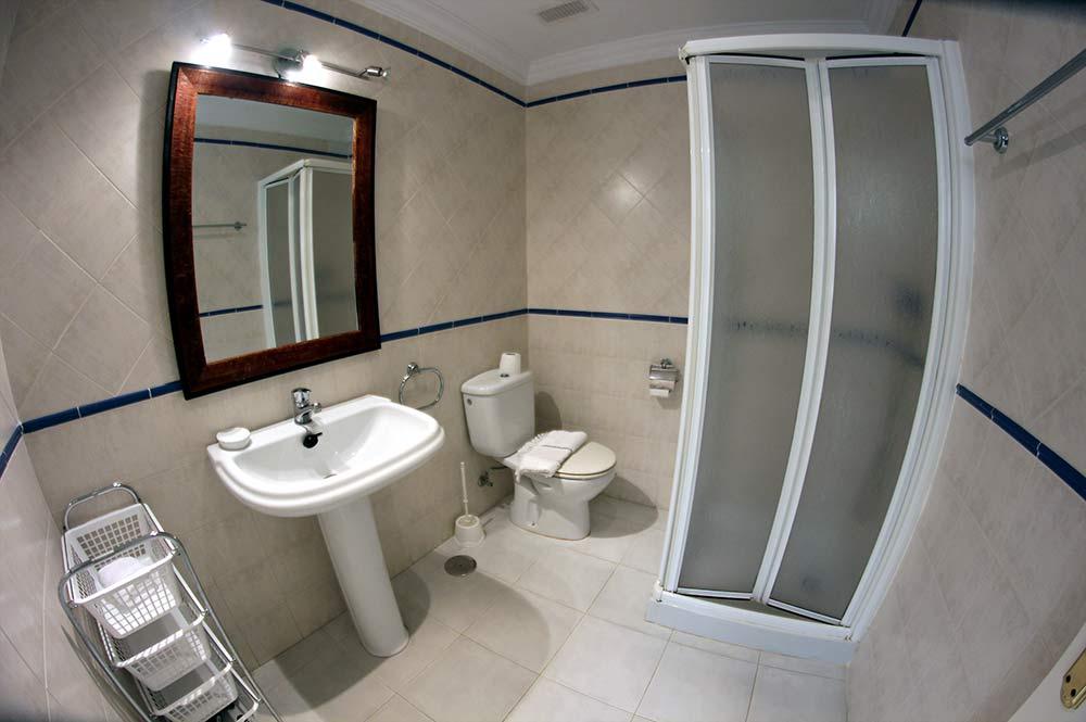 https://estepona-apartments.com/aplicacion/vistas/imagenes/1547044767-8.jpg